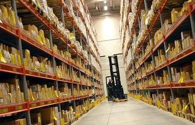 Wat is het verband tussen technologie en de verkoop van heftrucks?